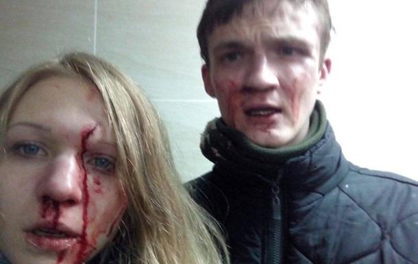 Обвиняемую в убийстве копов избили побратимы - соцсети