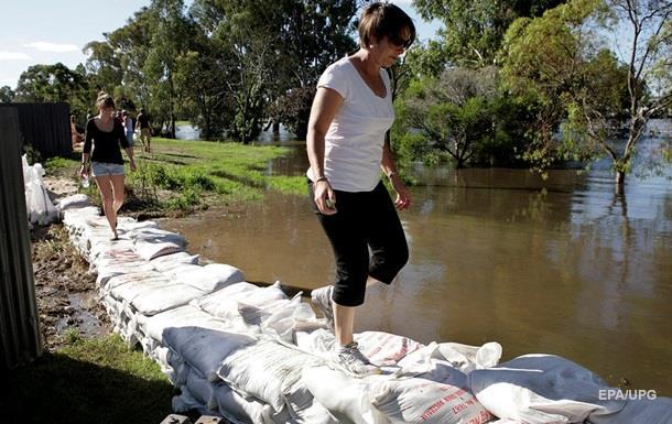 В Австралии наводнения из-за дождей, есть жертвы