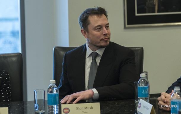 Ілон Маск пропонує в майбутньому ставати кіборгами