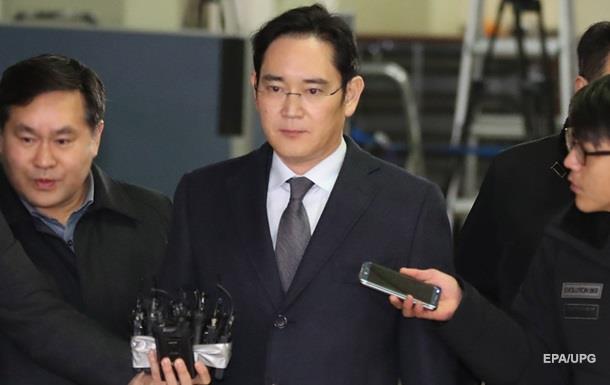 Суд арестовал главу Samsung