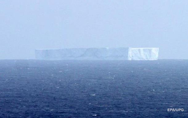 Від Антарктиди відколовся айсберг розміром з місто