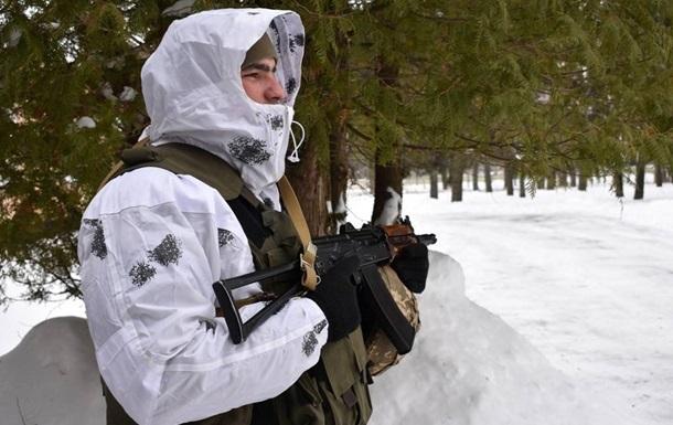 У зоні АТО поранили військового