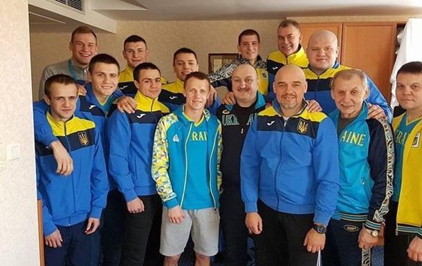 Українські боксери впевнено перемогли лідерів збірної Росії