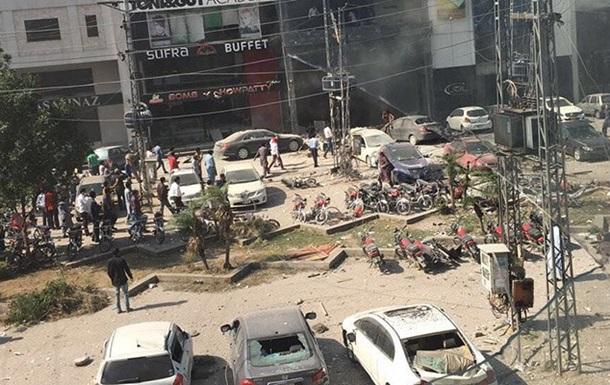 У Пакистані вибухнула будівля, є загиблі