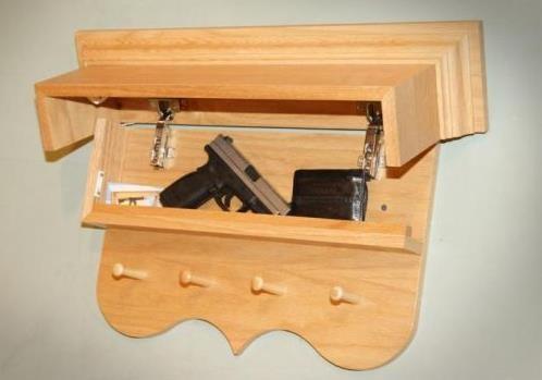 Каждому мужчине надо защитить свою семью от грабежа, вооруженного нападения