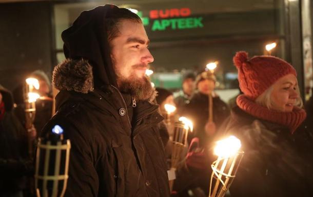 Факельное шествие прошло в Таллине