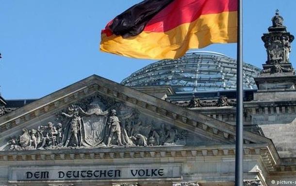 Росія дестабілізує Європу - соратник Меркель