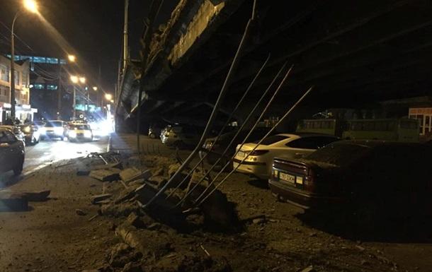 Міст упав - мер віджався. Мережа про обвал на Шулявці