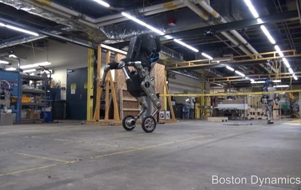 Boston Dynamics показала стрибок робота Хандлі