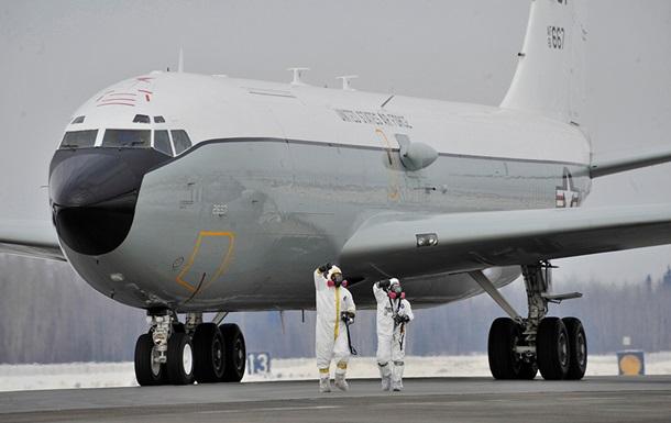Літаки США провели радіаційну розвідку біля російських кордонів