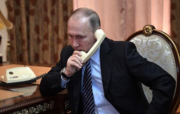 У Путіна розповіли про розмову з Порошенком