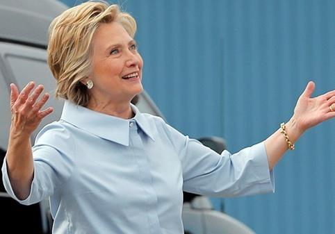 «Патриоты» дали Клинтон на выборы 250 миллионов долларов