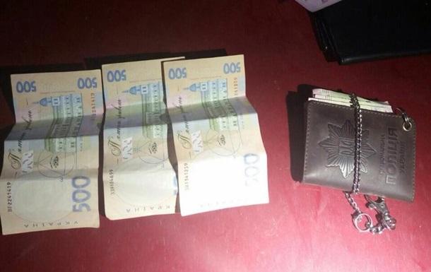 На Донбасі двох поліцейських затримали за хабар у 80 тис. грн