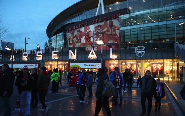 УЄФА порушив справи щодо Арсенала, Баварії і Наполі