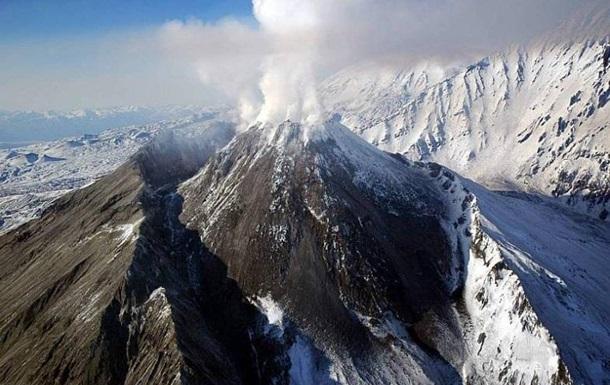 На Камчатці встановлений найвищий рівень небезпеки для авіації