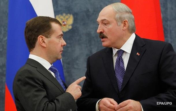 Лукашенко жорстко відповів на газову погрозу Медведєва