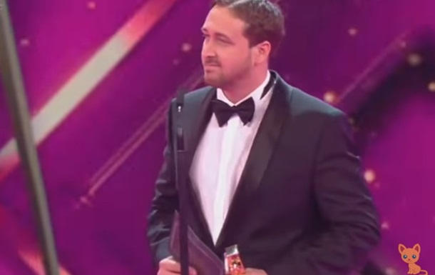 У Німеччині фейкового Райана Гослінга нагородили премією