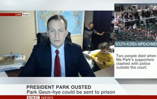 Діти зірвали прямий ефір ведучого BBC