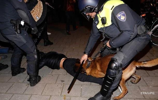 У Нідерландах поліція розігнала протестувальників-турок