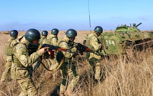 За сутки ранены шестеро военных