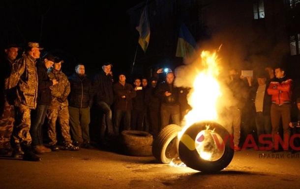 У Рівному, Чернівцях, Вінниці та Львові підтримали блокаду