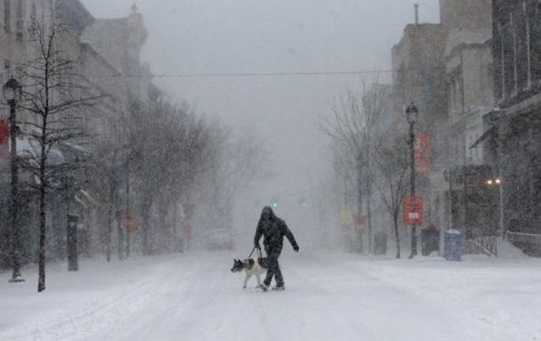 Жертвами сніжної бурі в США стали чотири людини