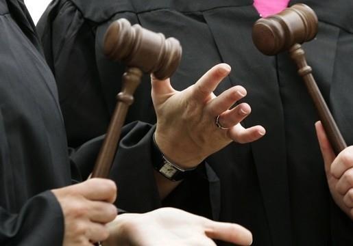 Что мешает созданию антикоррупционного суда в Украине?
