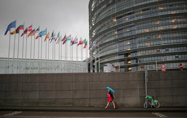 В ЄС закликали Росію не видавати паспорти в Криму