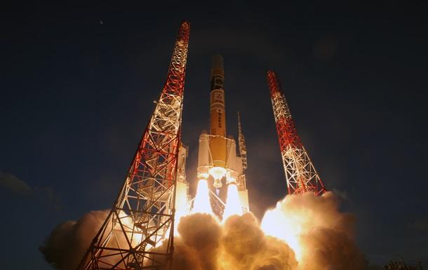 Японія запустила ракету з розвідувальним супутником