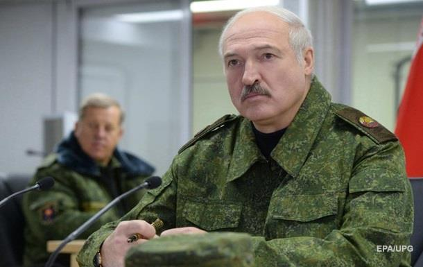 Лукашенко требует наблюдателей НАТО на учения с РФ