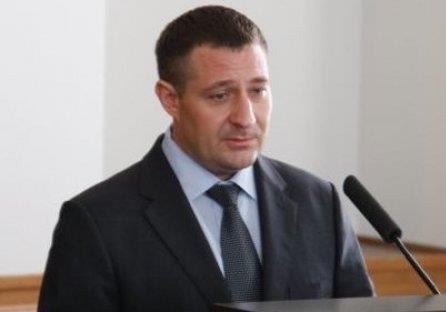 Екс-заступника ДСНС Авер'янова шантажує високопосадовець СБУ