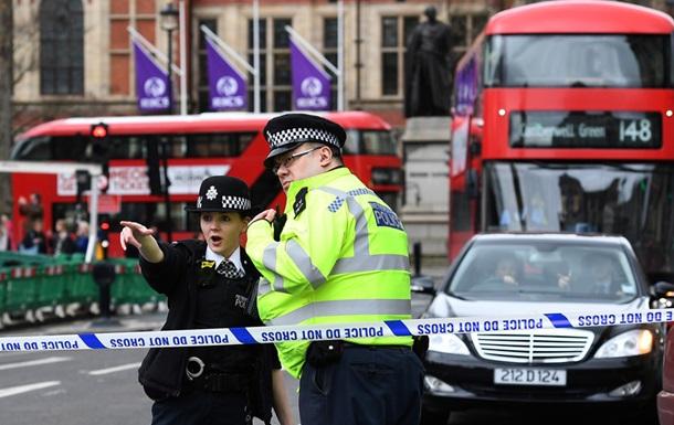 Порошенко назвав теракт у Лондоні жахливим і шокуючим