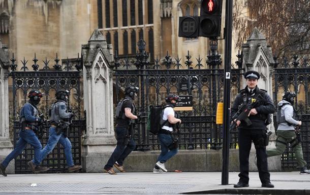 Теракт у Лондоні: кількість жертв зросла до п яти