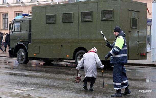 У Мінську почали відпускати затриманих