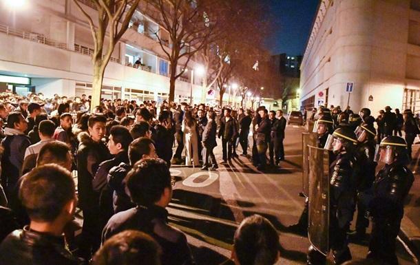Заворушення в Парижі: поліція вбила китайця