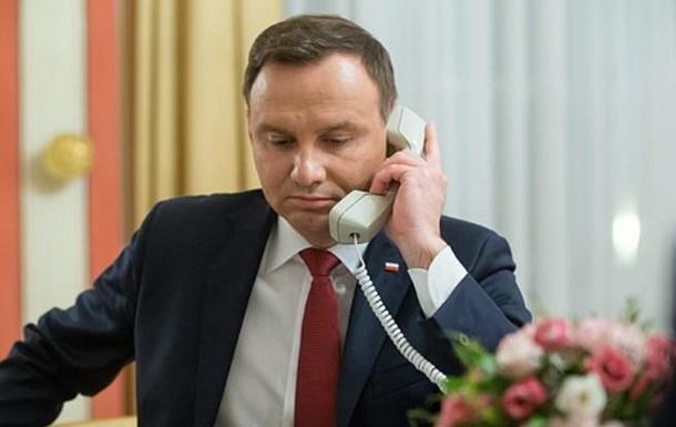 Киев обвинил РФ в звонке Дуде от имени Порошенко