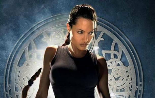 ЗМІ розкрили деталі зйомок Джолі в  Ларі Крофт