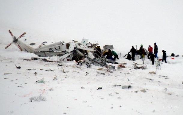 В горах Уельсу розбився вертоліт: п ятеро загиблих