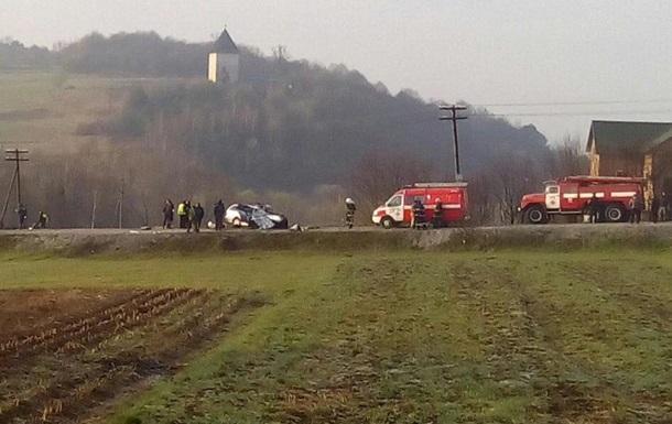 На Львівщині у ДТП потрапив автобус з туристами, є жертви
