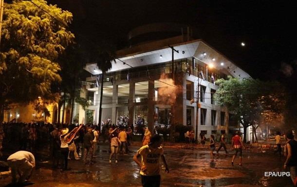 Протести в Парагваї: звільнені глава МВС і начальник поліції