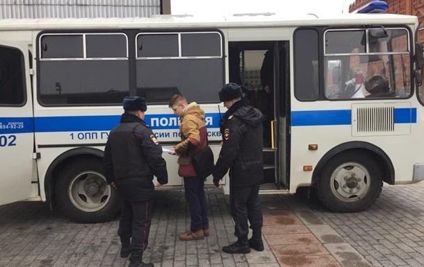 У МВС Росії уточнили кількість затриманих в акціях протесту