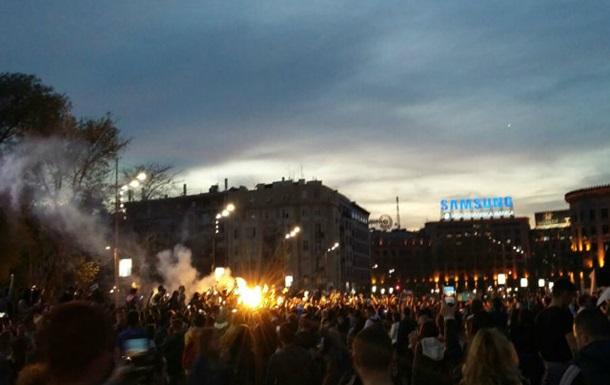 В Сербии протестуют против нового президента