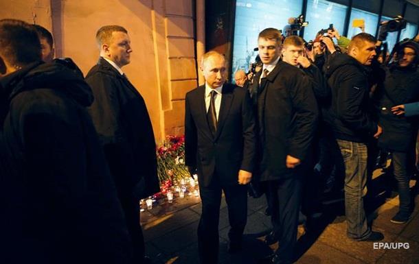 Кремль: Теракт під час візиту Путіна змушує задуматися