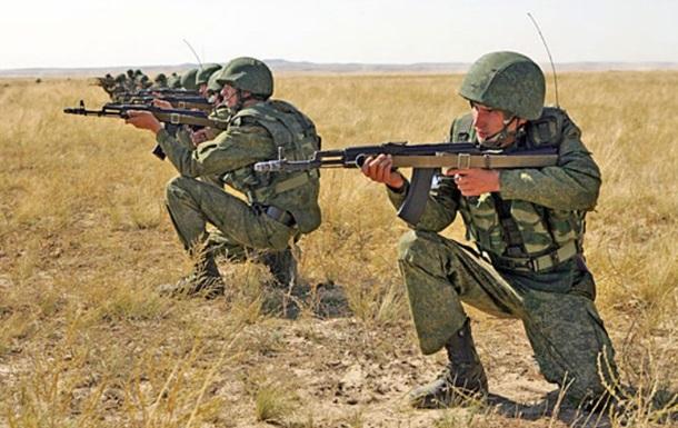 Київ: Росія стягнула до кордону 18 тисяч солдатів