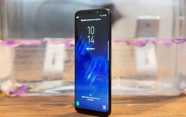 Дисплей флагмана Samsung визнали найкращим