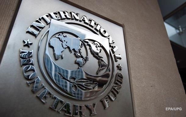 МВФ может выделить Киеву три транша в этом году