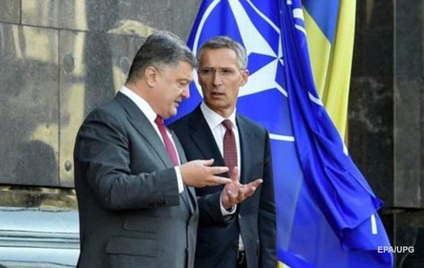 НАТО вчиться у Києва протистояти загрозі з Росії