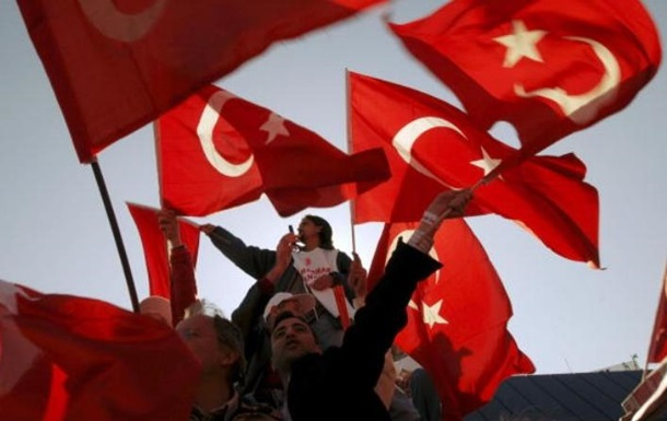 Туреччина підтримала атаку США на авіабазу Асада