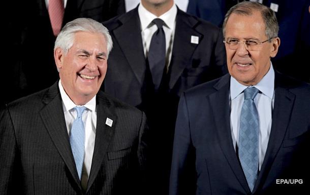 Лавров обговорив з Тіллерсоном удар США по Сирії
