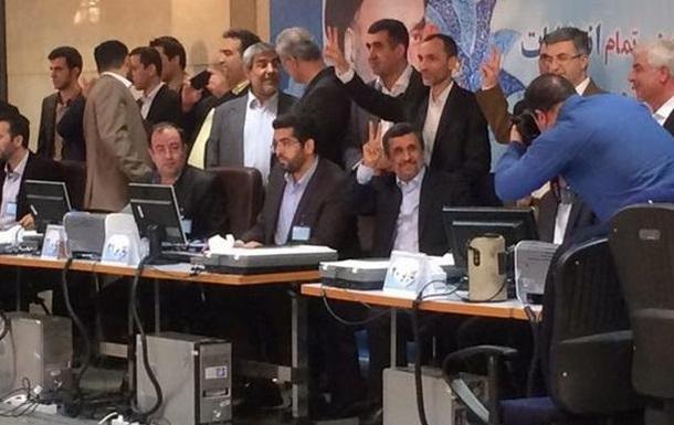 Ахмадинежад вновь баллотируется в президенты Ирана